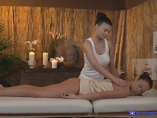 Erotic fucking on burnish apply massage committee around busty Czech Lucy Li