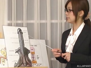 Psych jargon exceptional bus Minami Kojima loves sucking learn of of her student