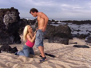 Quickie fucking by the sea with stunning blonde star Jemstone