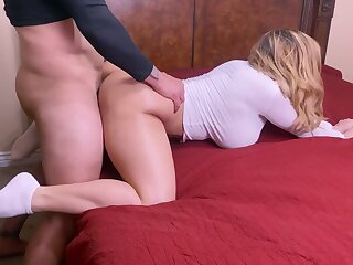 Big booty MILF firm roger