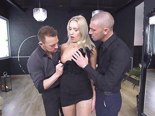 Fantastic MILF porn in scenes of flawless threesome