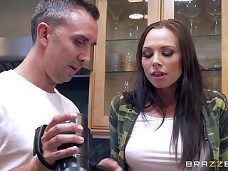 Rough taboo screw and hardcore face make the beast with two backs be worthwhile for biddable youngster Aidra Fox