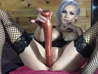 Extreme depth anal spotlight